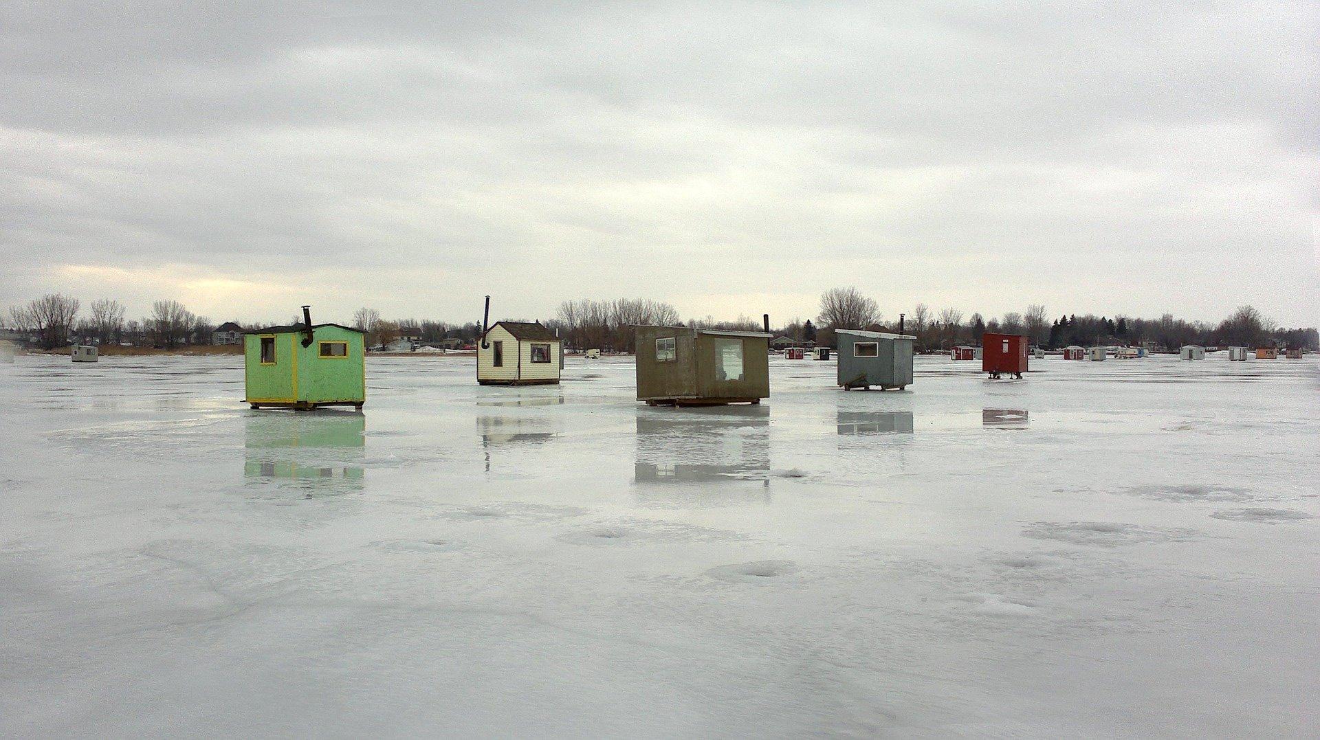 ice fishing 4.jpg