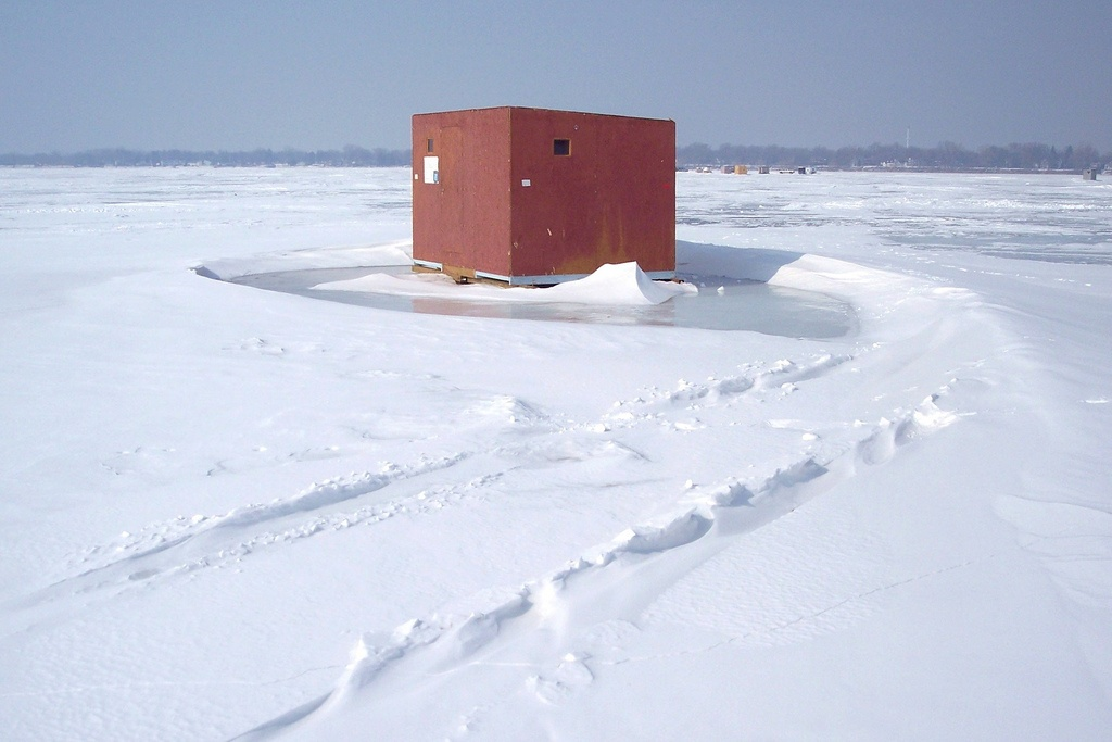 ice fishing 6.jpg