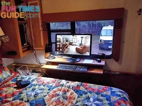 rv-computer-desk-480x360 (1)